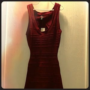 2b Bebe brand new maroon bandage dress